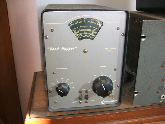 Photo of Bob's Lakeshsore Industries Band-Hopper VFO sitting next to a Central Electronics 20A